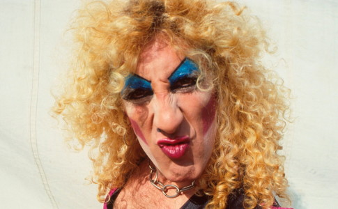 Dee Snider of Twisted Sister, portrait, backstage at Reading Festival, 29th August 1982. (Photo by Michael Putland/Getty Images)